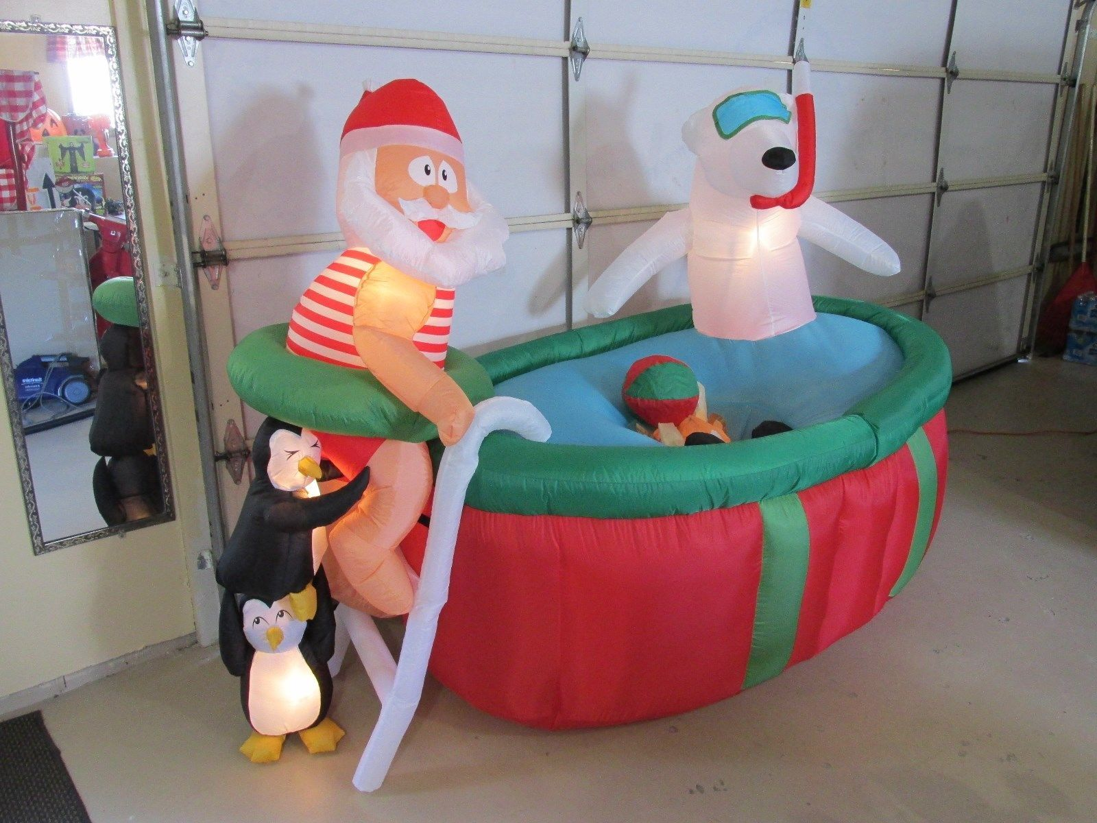 Display Model Gemmy Christmas Airblown Inflatable Animated Santa In Pool