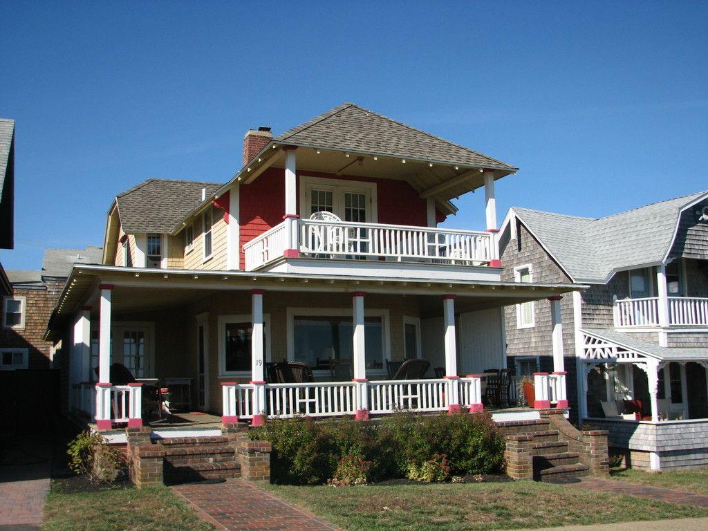 19 Ocean Avenue, Downtown Oak Bluffs, Oak Bluffs, MA 02557