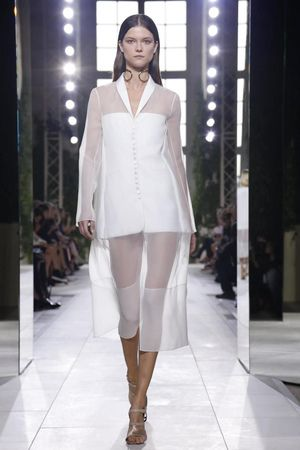 Balenciaga Ready To Wear Spring Summer 2014 Paris...Interesting details to recreate for that unique wedding pantsuit. Love the mixture of fabric.