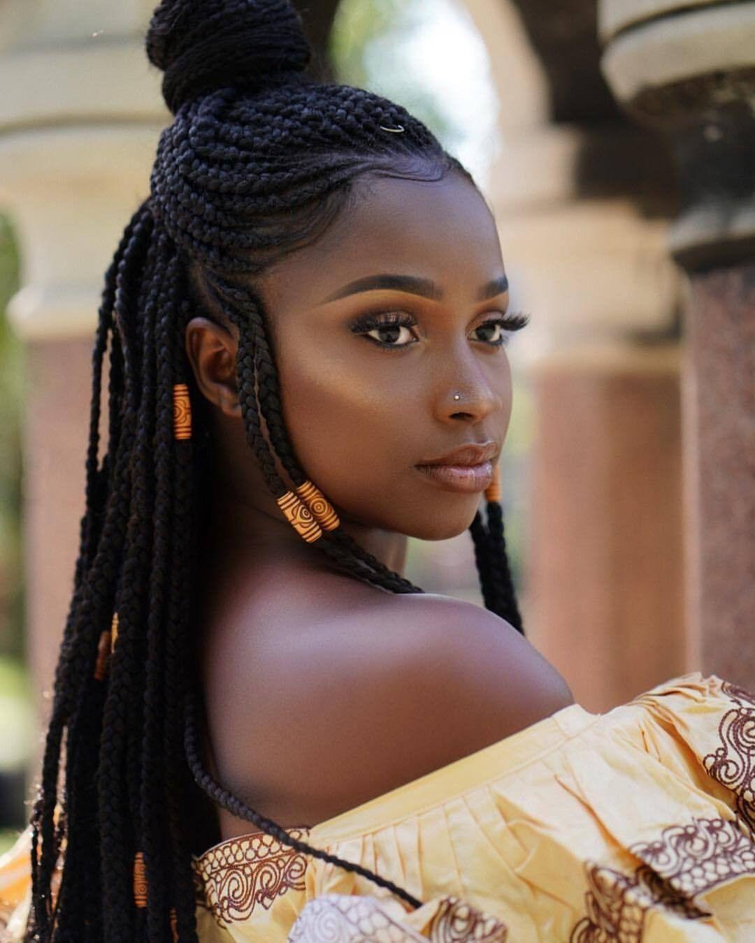 Herportrait Dark Black Lady In 2019 Dunkle Schonheit Schonste