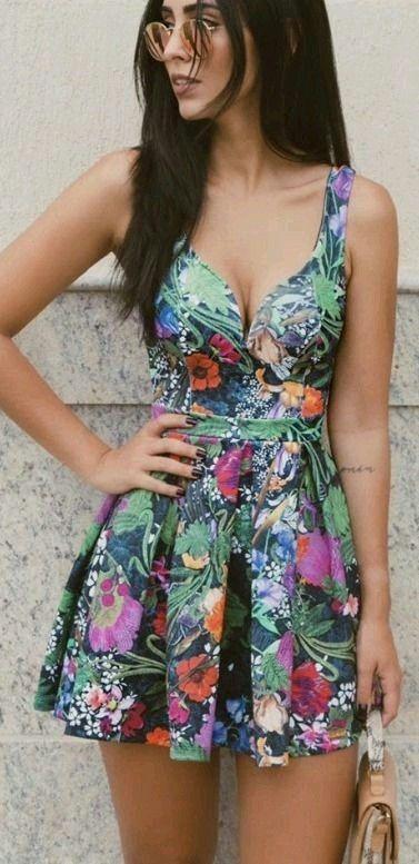 Imagenes de vestidos cortos floreados