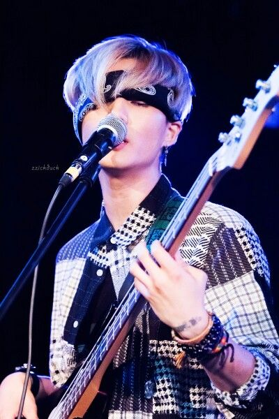 Pin By Ashley L On Day6 Young K Day6 Day6 Bassist