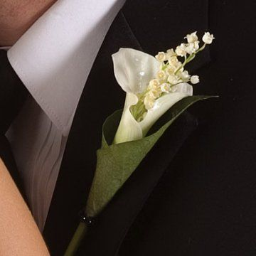 corsages and boutonnieres | Check out my corsage and boutonniere ...