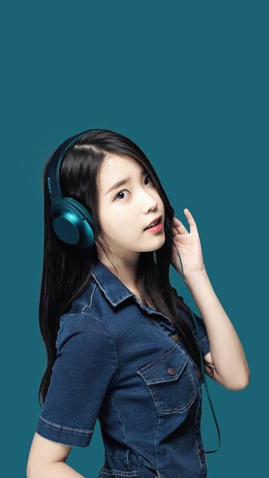 5 Colors Iu For Sony Headphones Daily K Pop News Latest K Pop News Sony Headphones Girl With Headphones Headphones