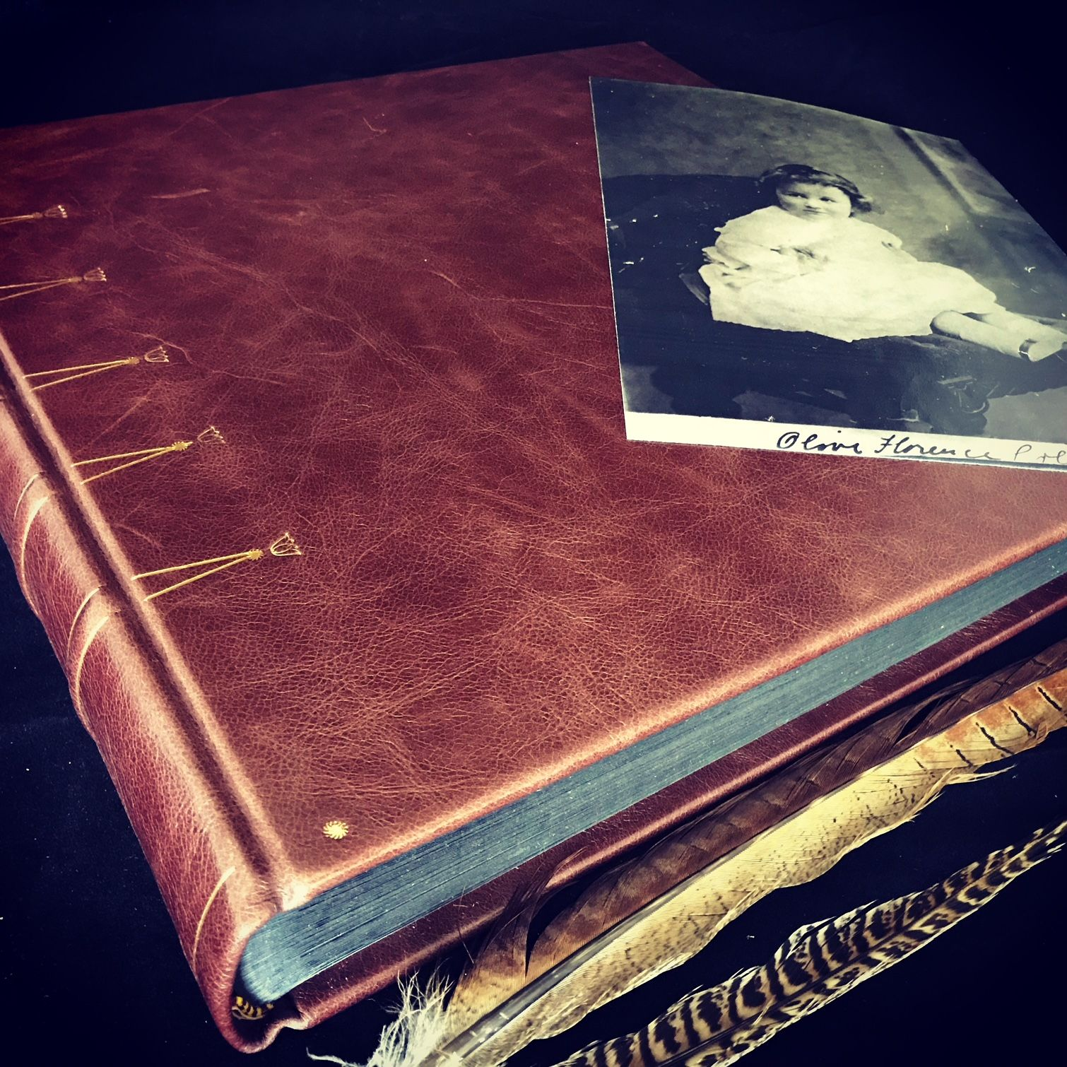 Traditional 12x12 Photograph Album With 40 Black Pages Bound In