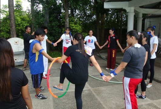 Team Building Games Activities And Games For Office Parties Party