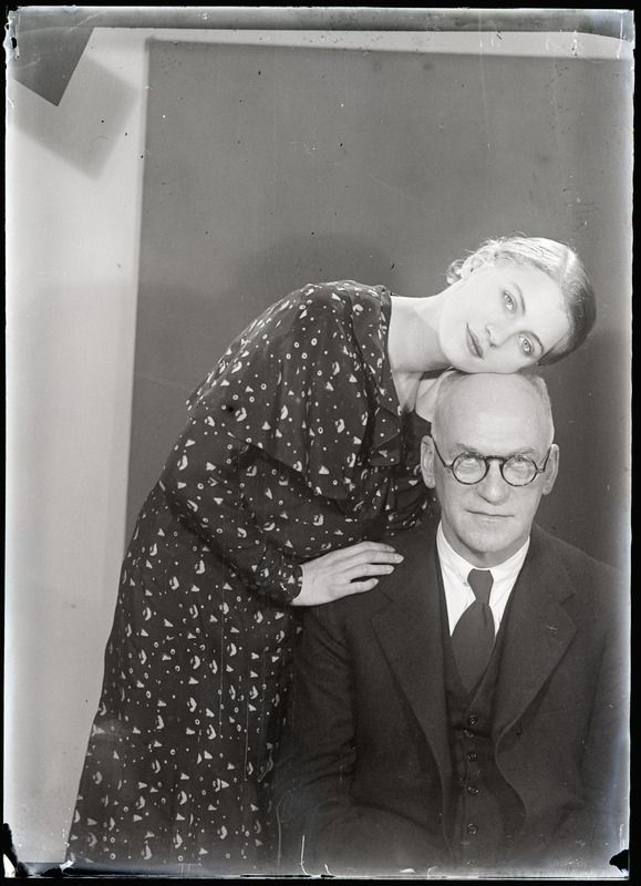 Lee Miller and her Father, Theodore Miller, in 1931. Image via Pinterest.