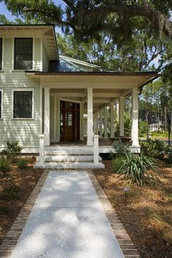 Johnson traditional - searched sidewalk and this was the first that came up.  Turns out it's in Charleston.  I'm sold! #walkwaystofrontdoor