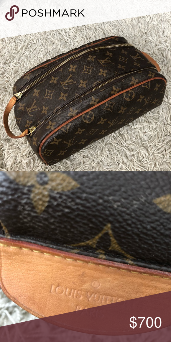 8d9710103216 Louis Vuitton travel bag This is vintage. Received as a gift. Men s travel  bag but I use for toiletries. Excellent condition. Price is firm.