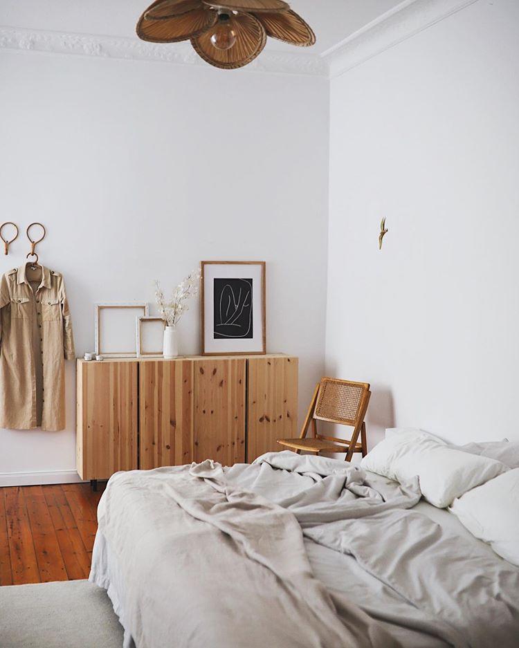 blick ins schlafzimmer auf doitbutdoitnow  wohnblog