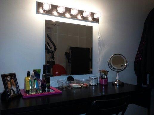 Diy Make Up Vanity Ikea Micke Desk 60 Ikea Mirror 10
