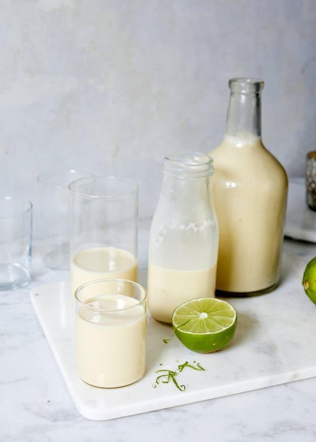 Puerto Rican Coconut Rum Punch (Coquito)   Rezept   Beverages ...