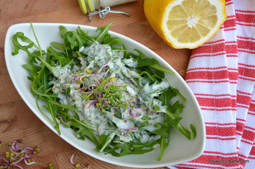 Dieta cu salata verde si iaurt