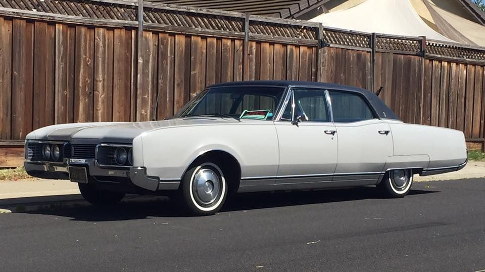 1967 Oldsmobile 98 Holiday Sedan Oldsmobile Classic Cars