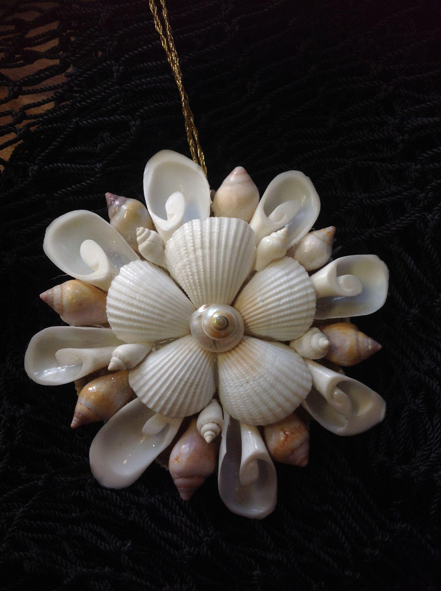 Shell mirror ornament seashell christmas ornaments for Seashell ornaments diy