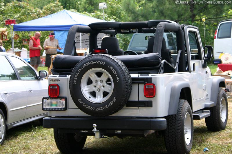 Jeep Window Storage This Brilliant Roll Up Cover Stores