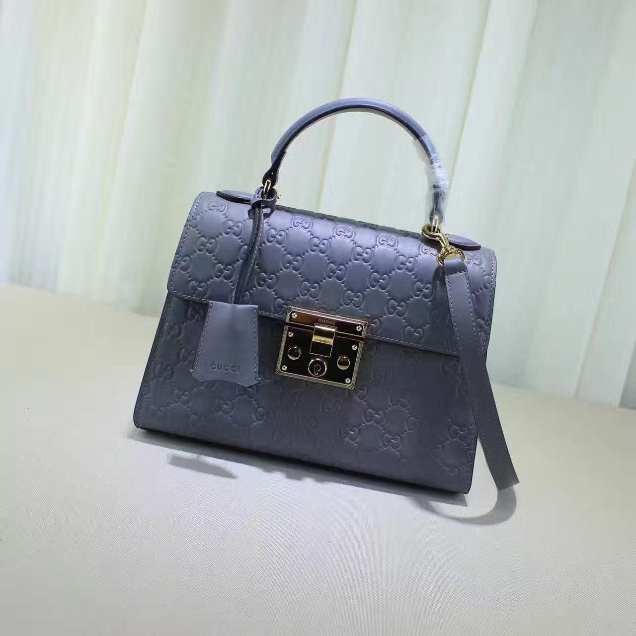 7d94f9552c72 Gucci Padlock Signature Top Handle Bag 100% Authentic   Real Gucci Wallets