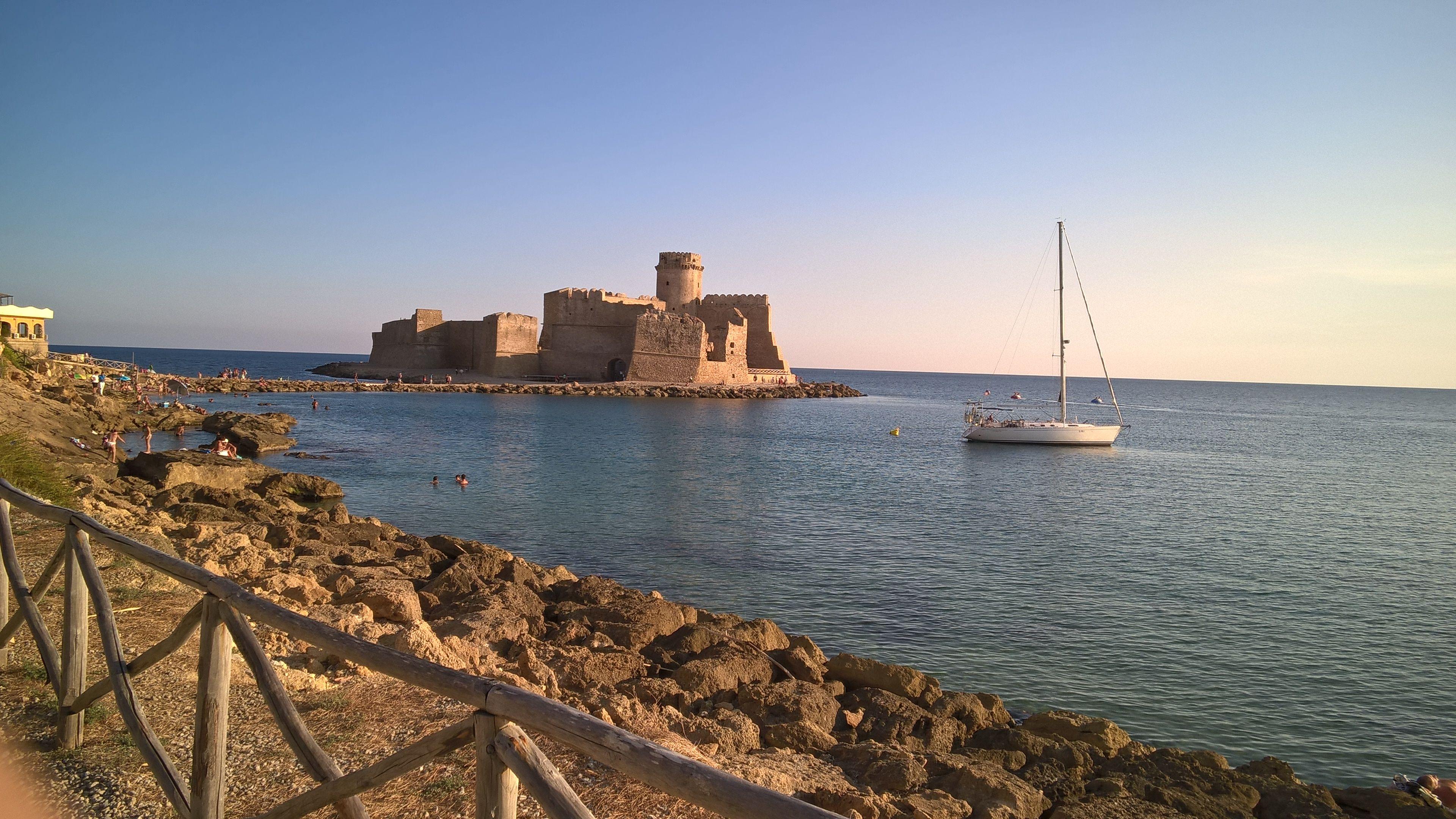 Le castella Calabria italy