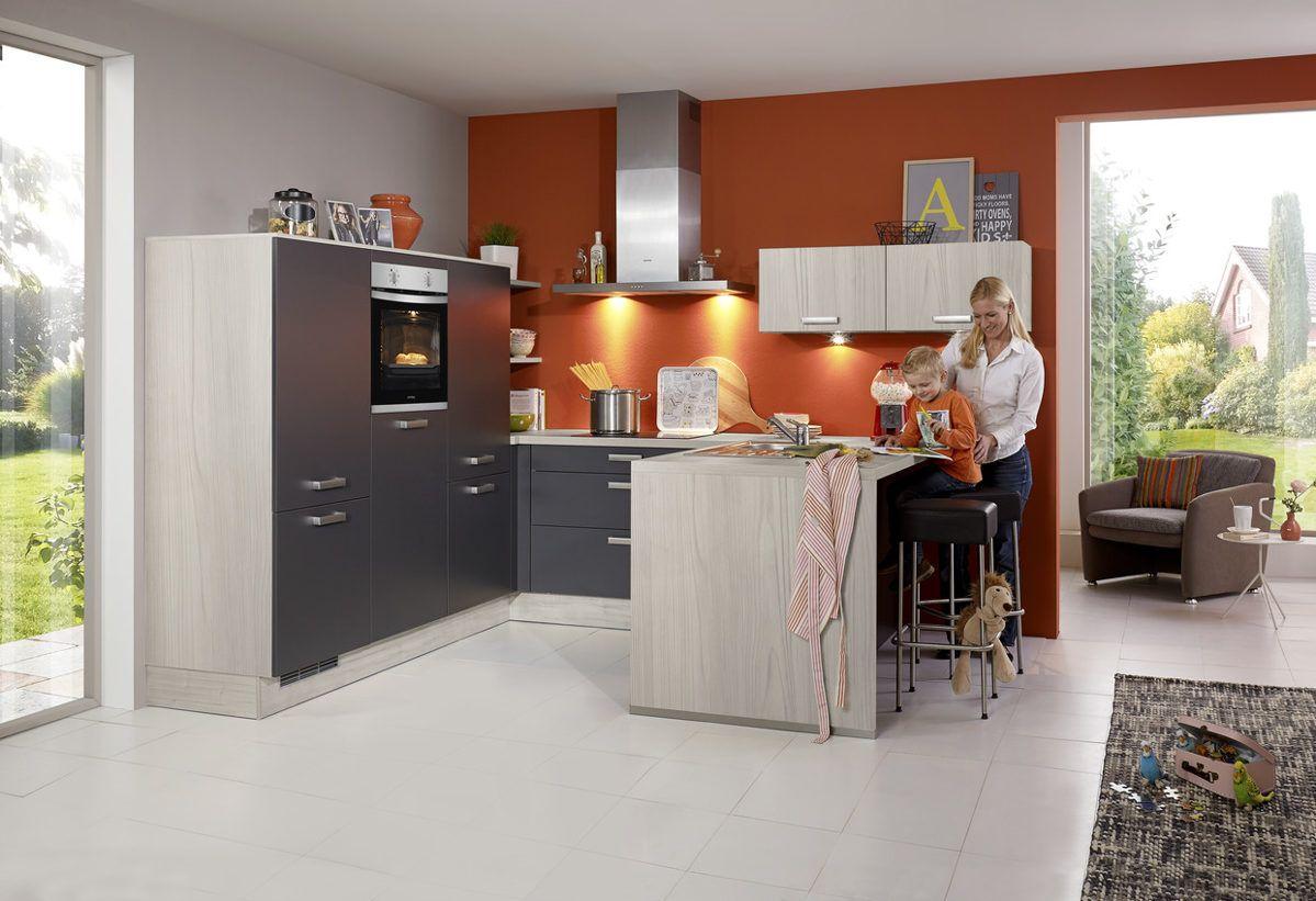 Buchefarbene kuche welche arbeitsplatte for Gunstiger kuchenblock