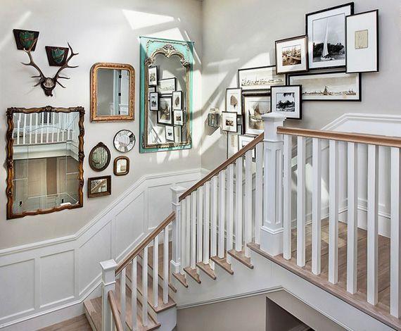 ideas para decorar con cuadros y espejos las escaleras DECO wall