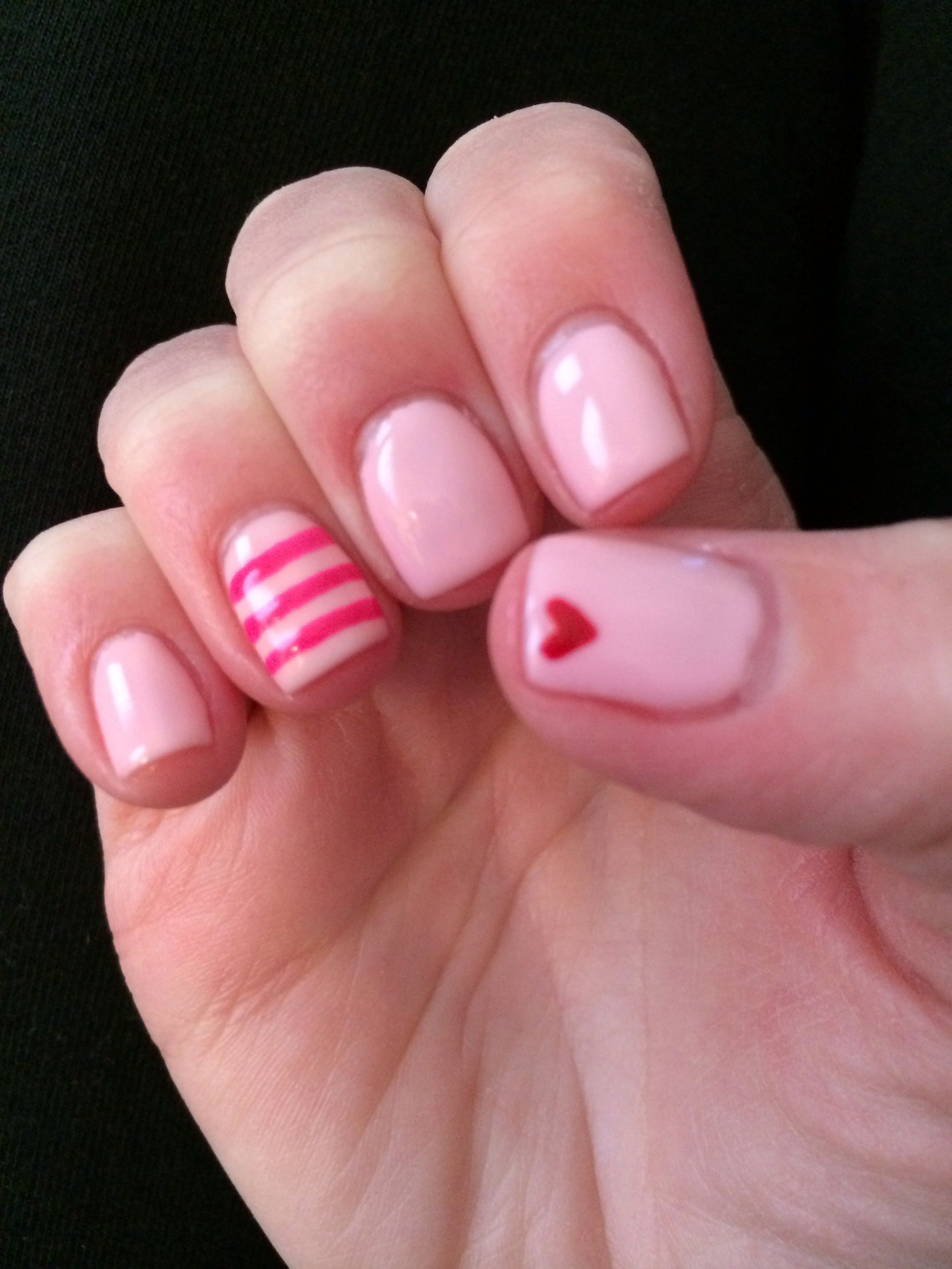 Valentine\'s Day nails | Fashion | Pinterest | Valentinstaggaben ...