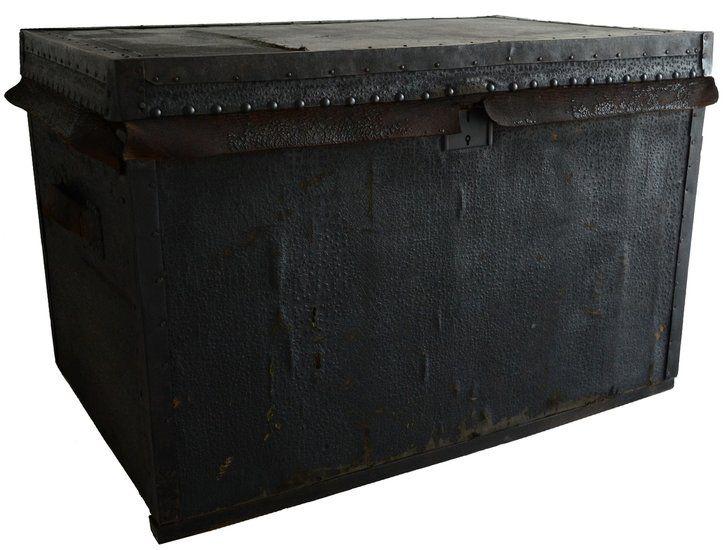 Zwarte scheepskist -trunk by vonliving.nl