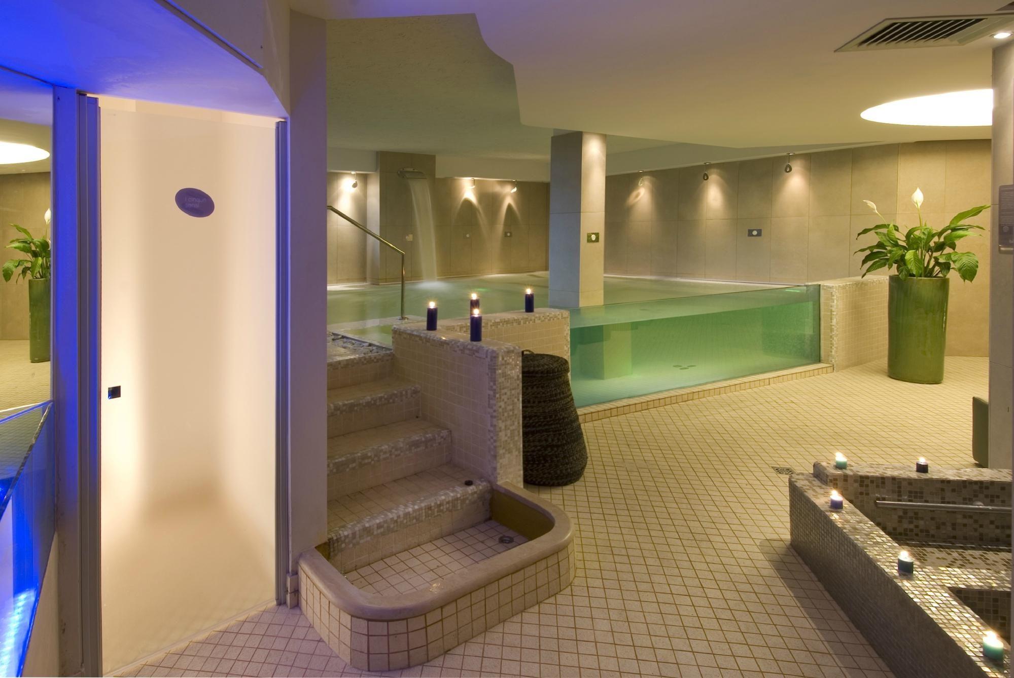 Blu Suite Hotel Spa (BellariaIgea Marina, Italy) Top