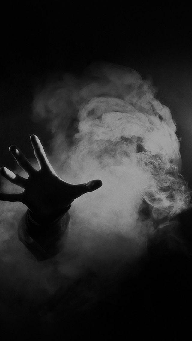 Hand From Smoke Black Iphone 5s Wallpaper Queens