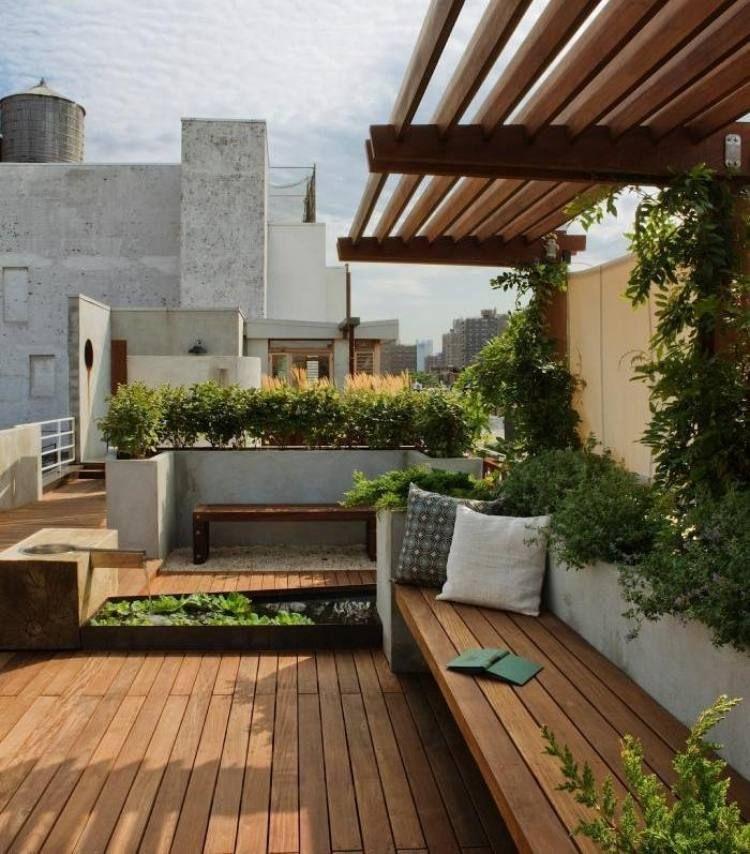 Holz-Überdachung Als Spalier Für Die Kletterpflanzen | Home Sweat ... Kletterpflanzen Balkon Und Terrassen