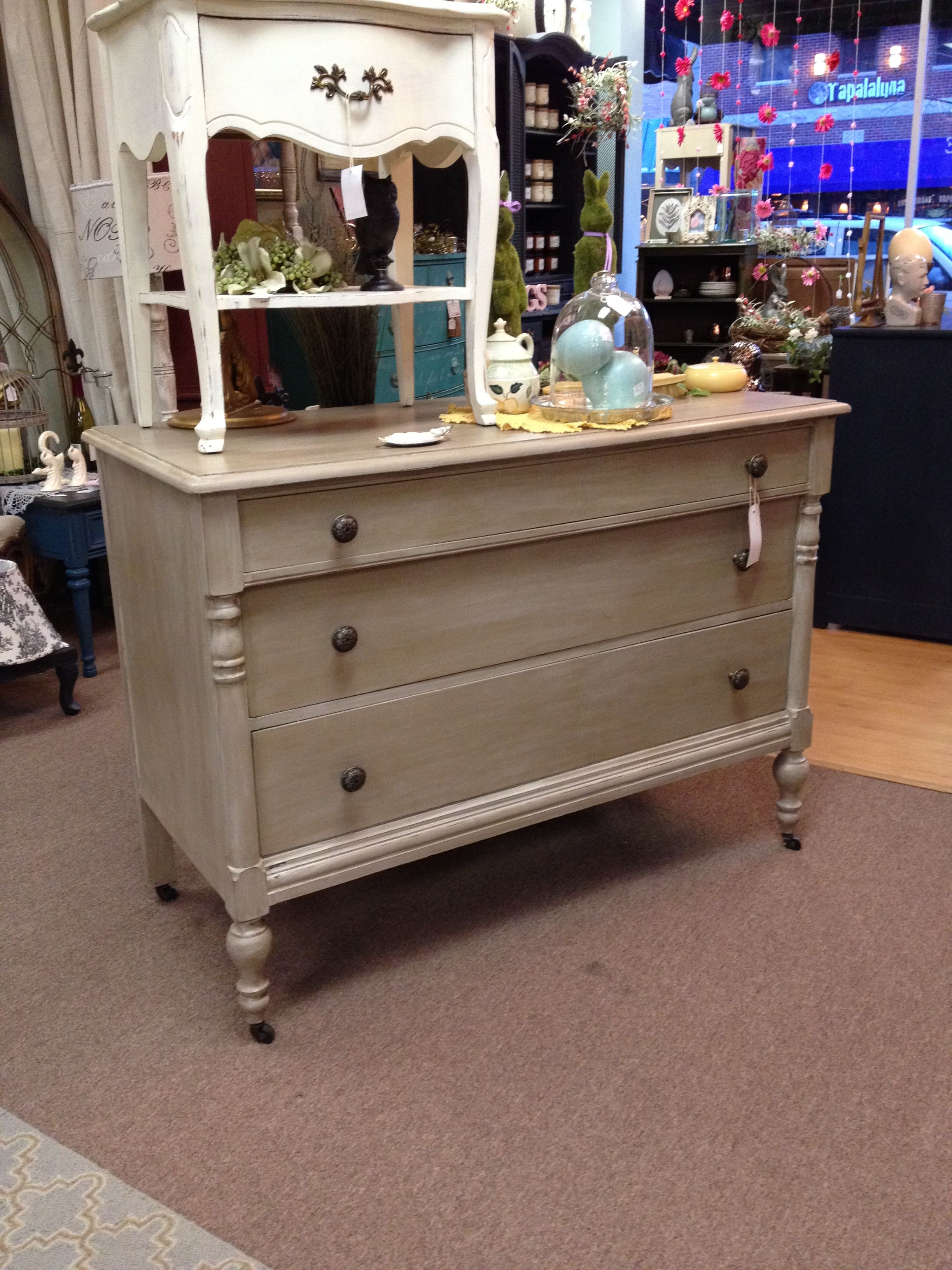 Dresser Painted With Annie Sloan Chalk Paint Coco With Old White  # Muebles Acabado Wash
