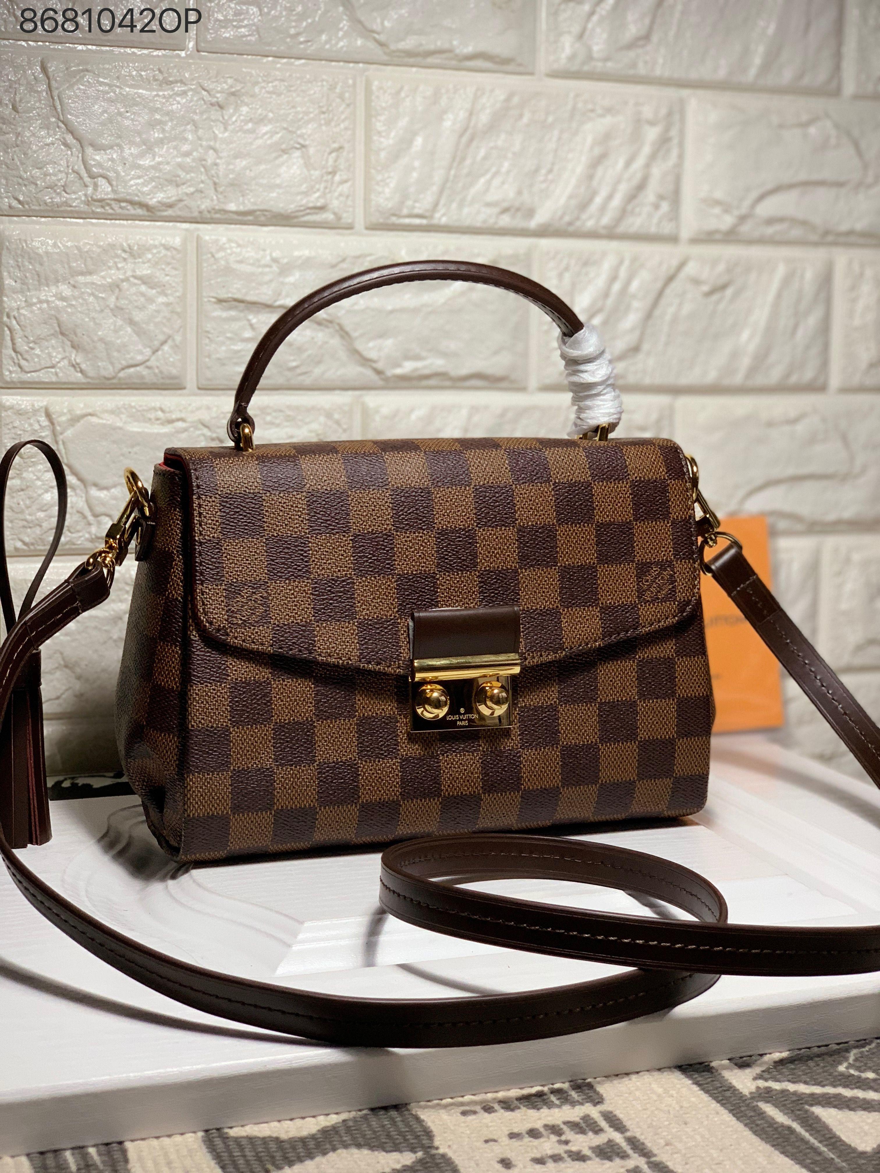 54eb163ce9 Louis Vuitton lv woman croisette cross body shoulder bag damier ...