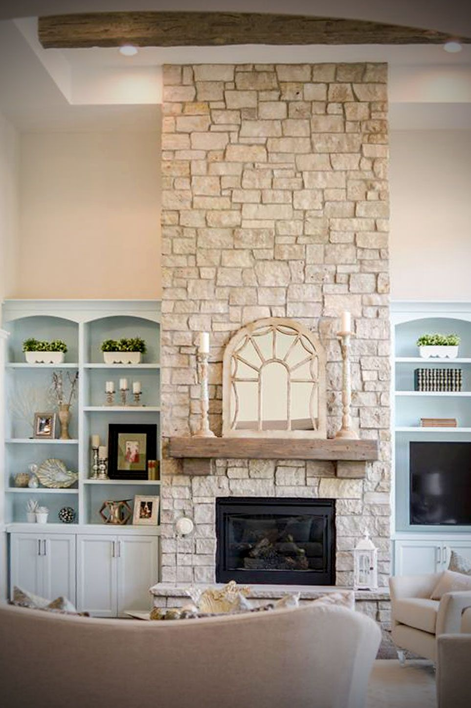This Cottage Style Fireplace Uses A Custom Blend Of Buechel Stone