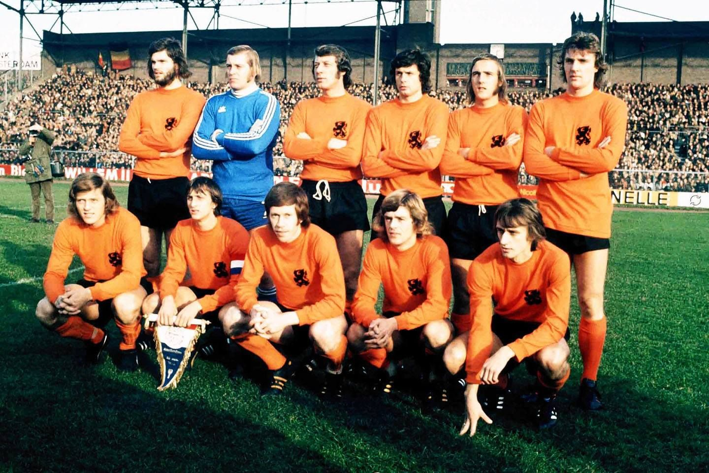 Holland team group 1974 Barry Hulshoff Piet Schrijvers Aad