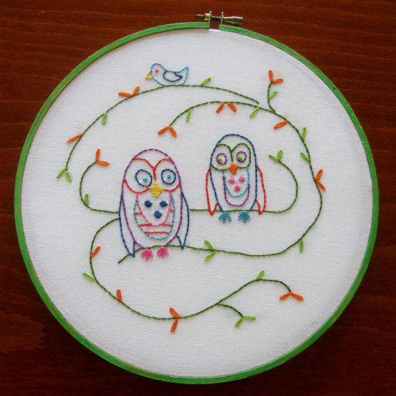 Buho bordado pared arte lino aro Ave Arte Coral Aqua por CinfulArt, $22.00
