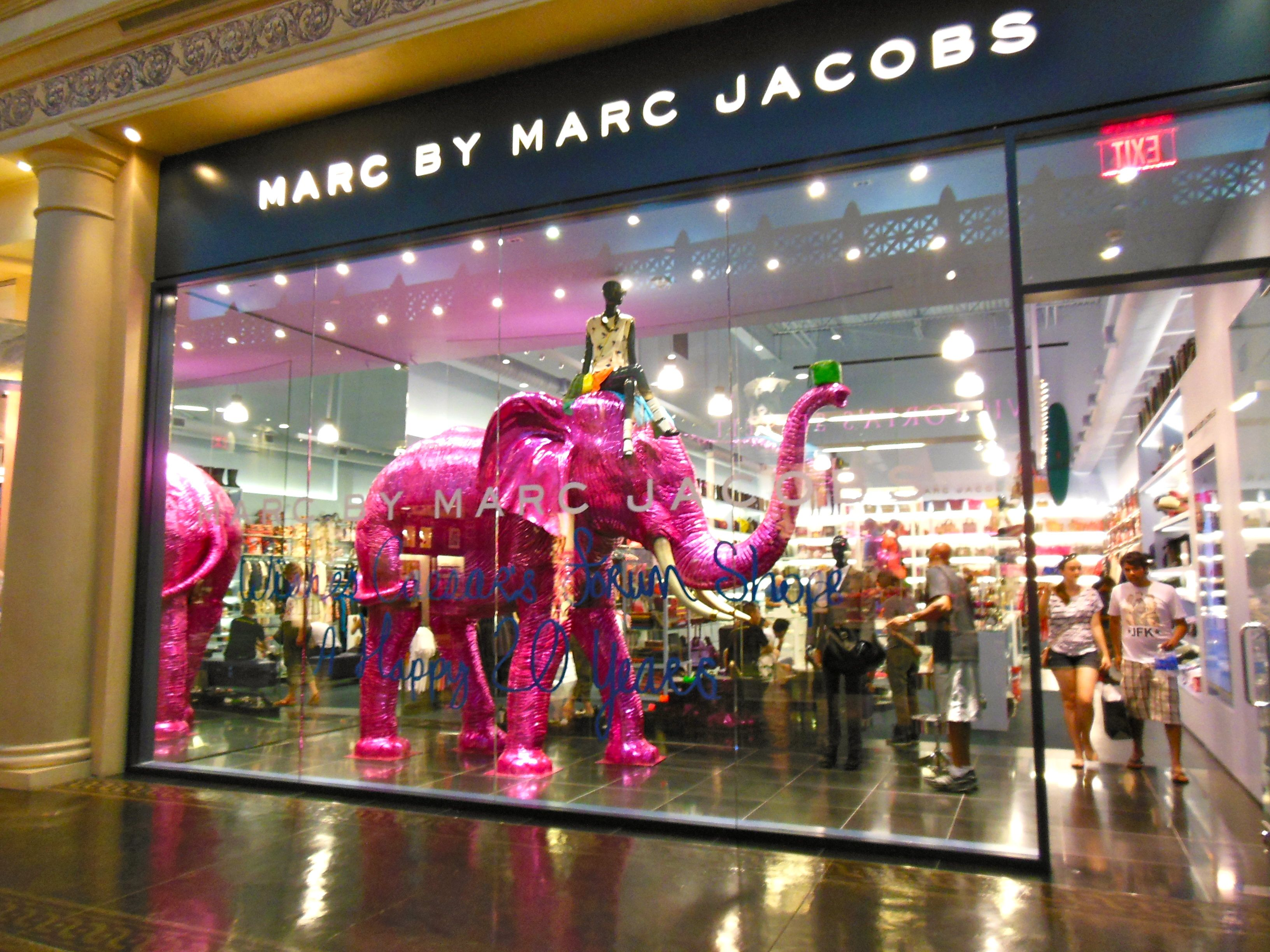 Marc Jacobs In Vegas Display Design Las Vegas Shopping
