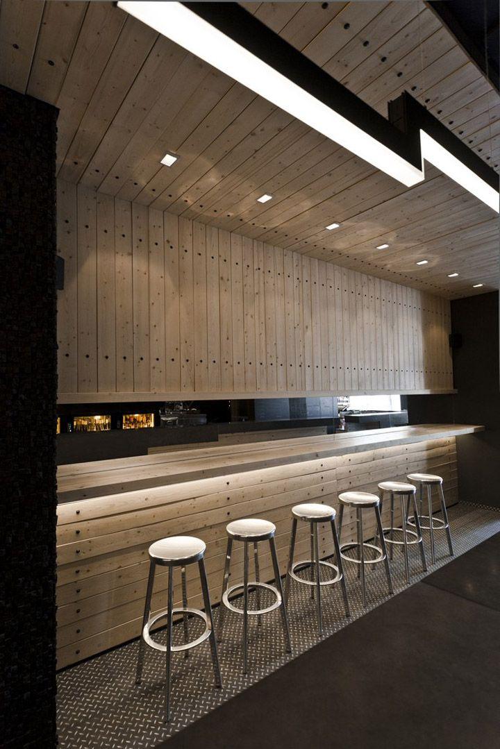Divino wine bar by suto interior architects budapest for Modern wine bar design