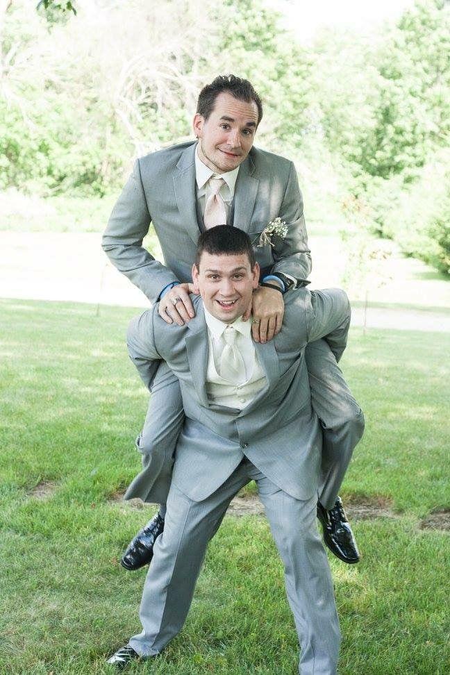 Fun groomsman and groom wedding photo pose for outdoor photos ...