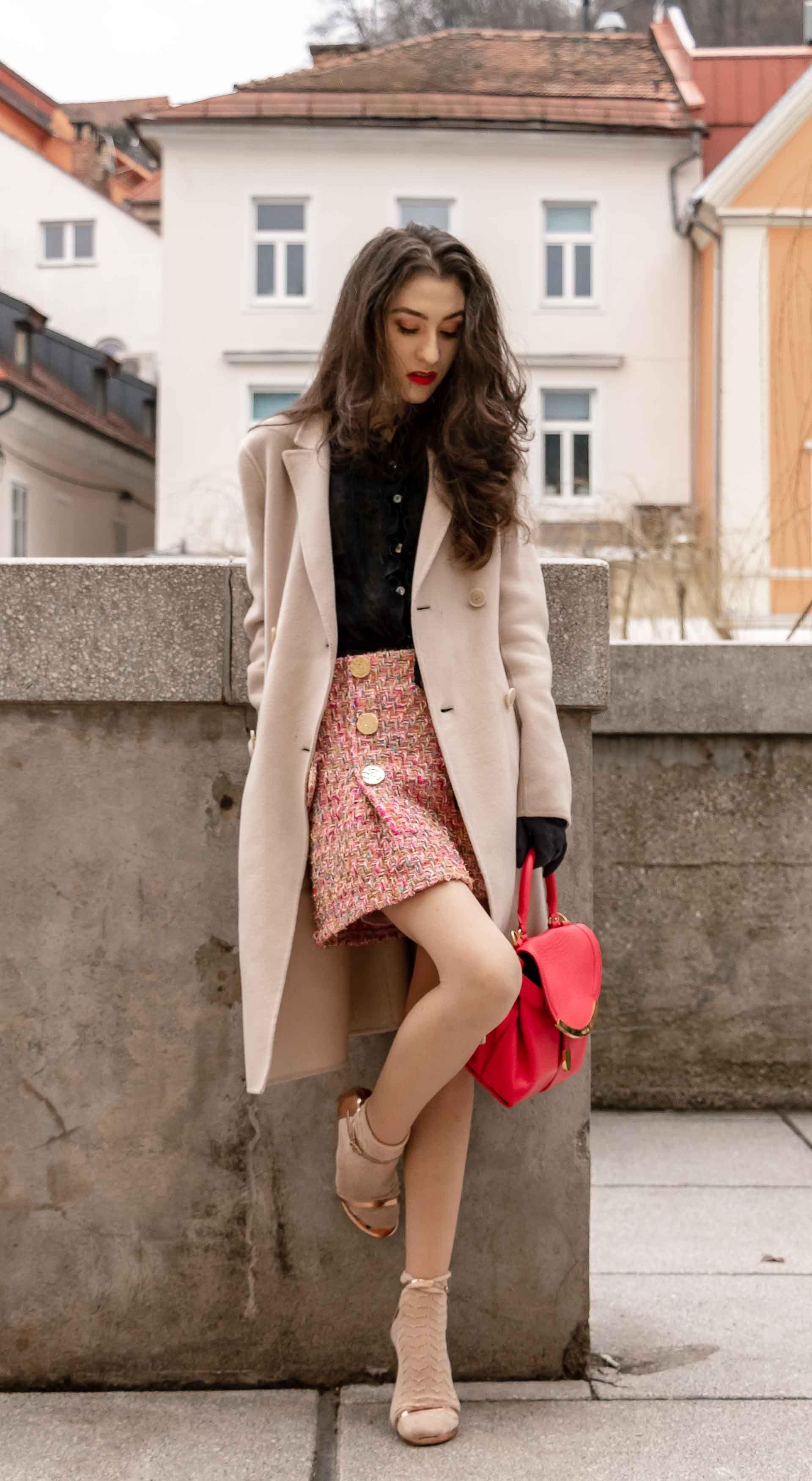 6e5c0e3969c955 Fashion Blogger Veronika Lipar of Brunette from Wall Street sharing 2 ways  to wear socks and sandals fashion trend in 2018  fashion  blogpost  socks  ...