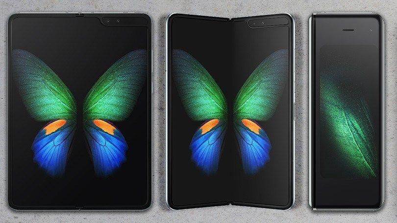 سامسونج تفسر لماذا جالكسي فولد ينثني للداخل Samsung Galaxy Samsung Galaxy