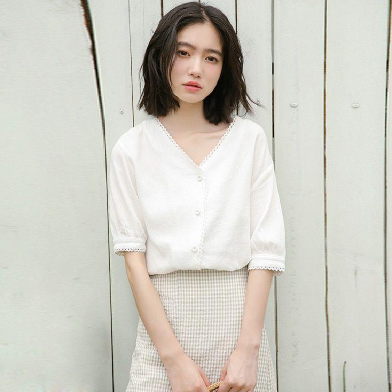 f23c1f3dbb4 Короткие Рукава · Мода · Купить Однотонные летние корейские милые Для  женщин блузка с v образным вырезом хлопок Повседневное Топ Femme