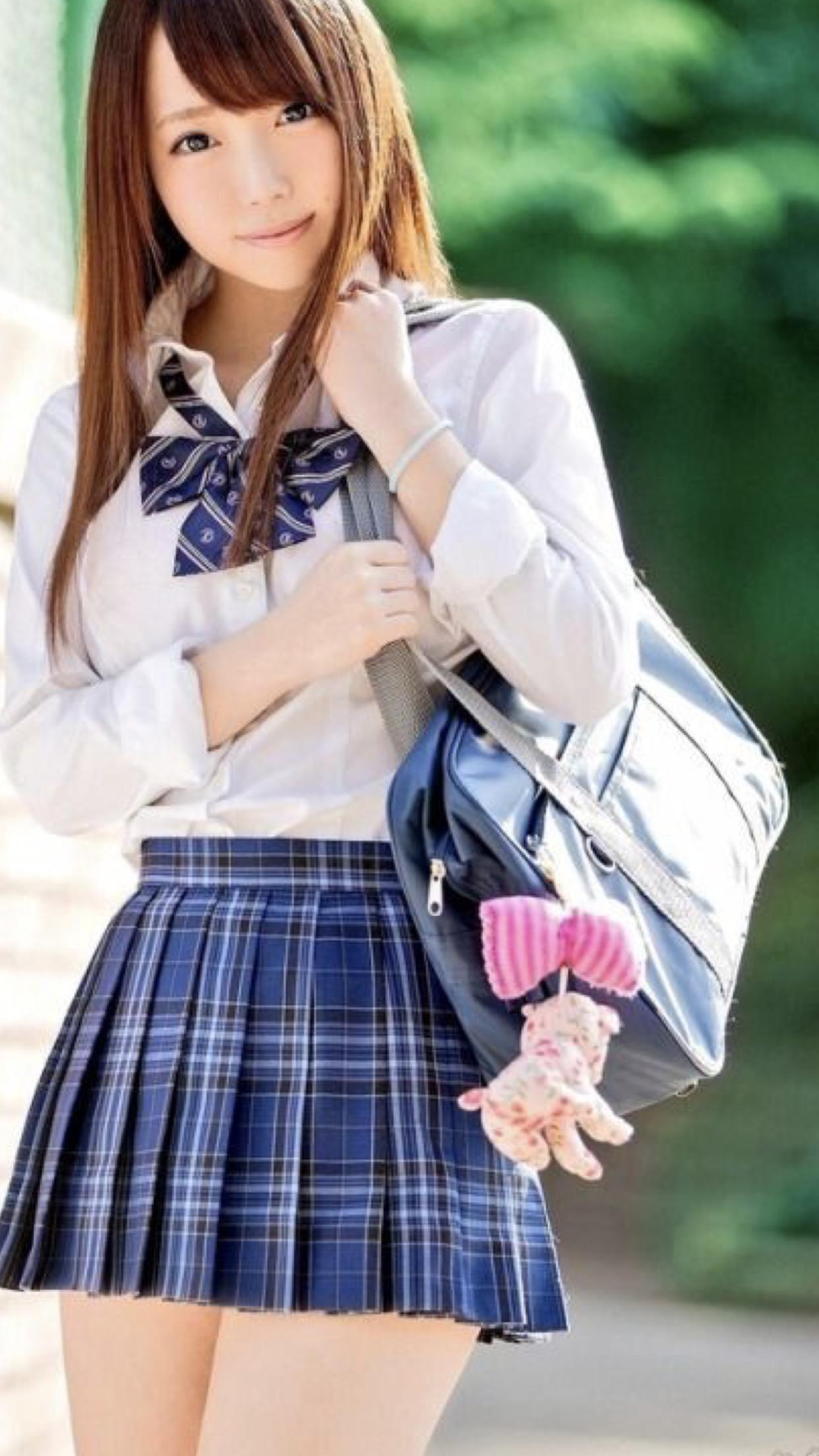 asian-dolls-schoolgirls-nude-pics-of-hot-guys