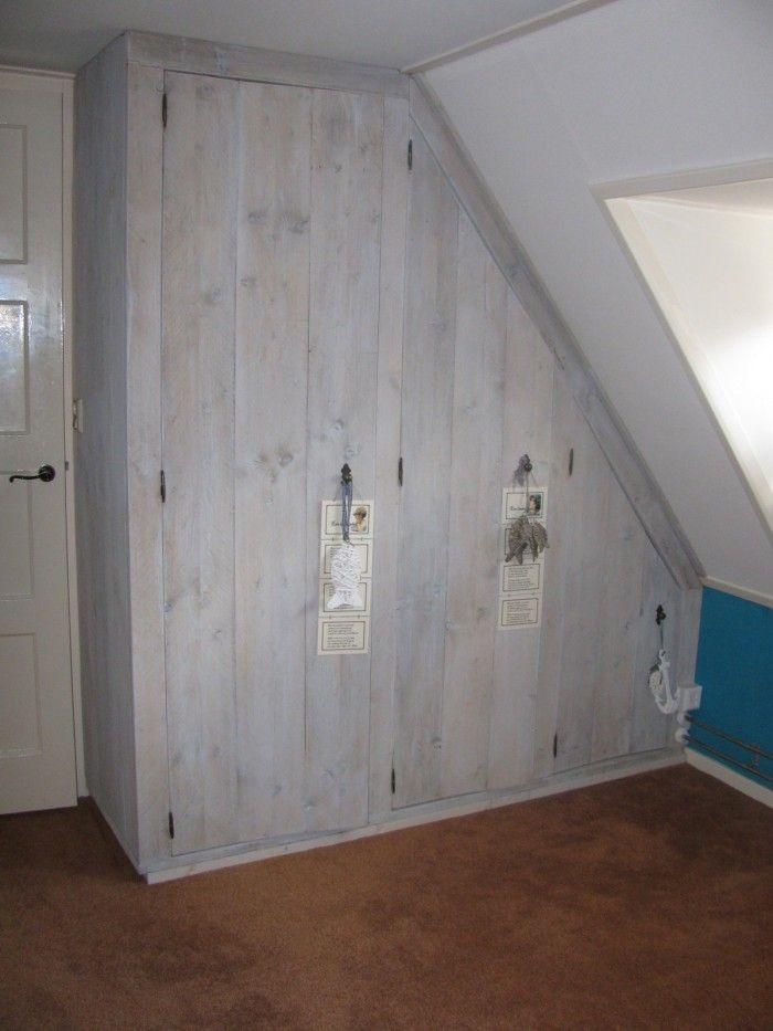 steigerhout kast schuine wand   Google zoeken   zolder verbouwing   Pinterest   Chill room