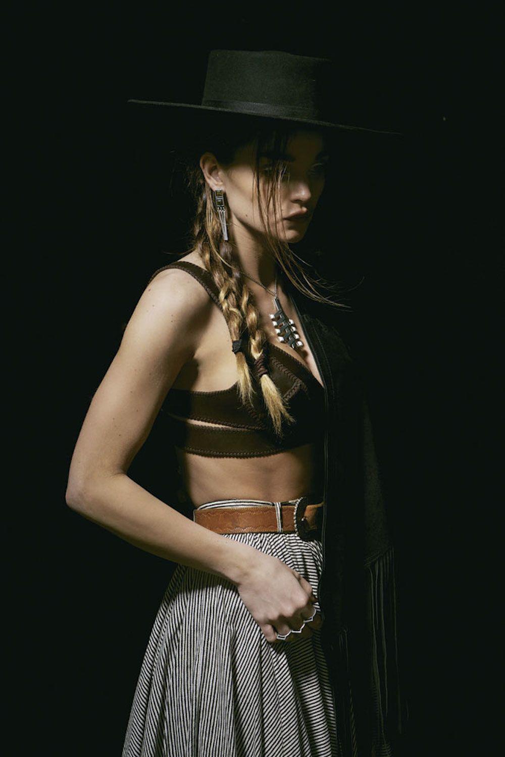 Western Romance | The 2 Bandits #the2bandits Photography: Harper Smith, Stylist: Coryn Madley, H & M: Ramsell & Kali Kennedy, Model: Allie Crandell