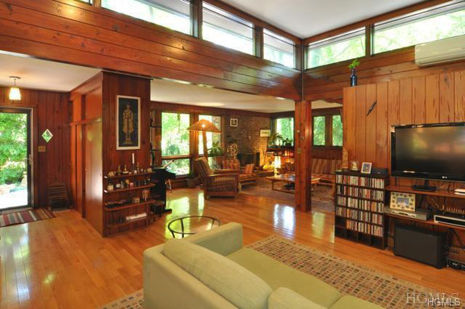 46 Eastern Dr Ardsley Ny 10502 Mls 4820233 Zillow Mid Century Modern House Home Mid Century Interior