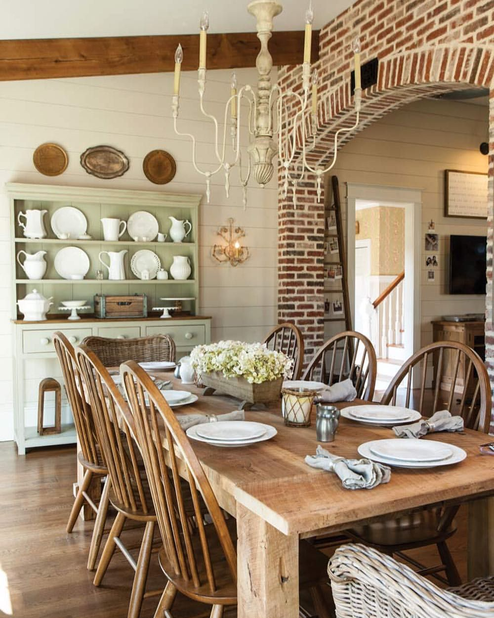 kitchendiningideas dining chairs rustic country spaces in 2019 rh pinterest com