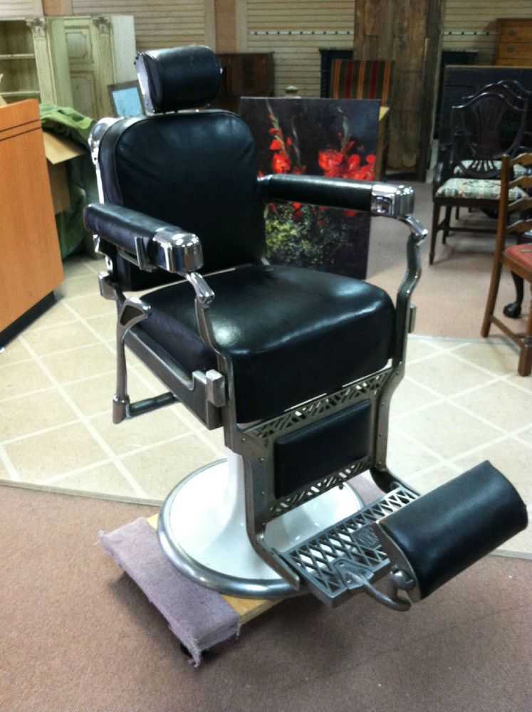 BEAUTIFUL VINTAGE KOKEN BARBER CHAIR CHROME with BLACK LEATHER circa 1940 - BEAUTIFUL VINTAGE KOKEN BARBER CHAIR CHROME With BLACK LEATHER Circa