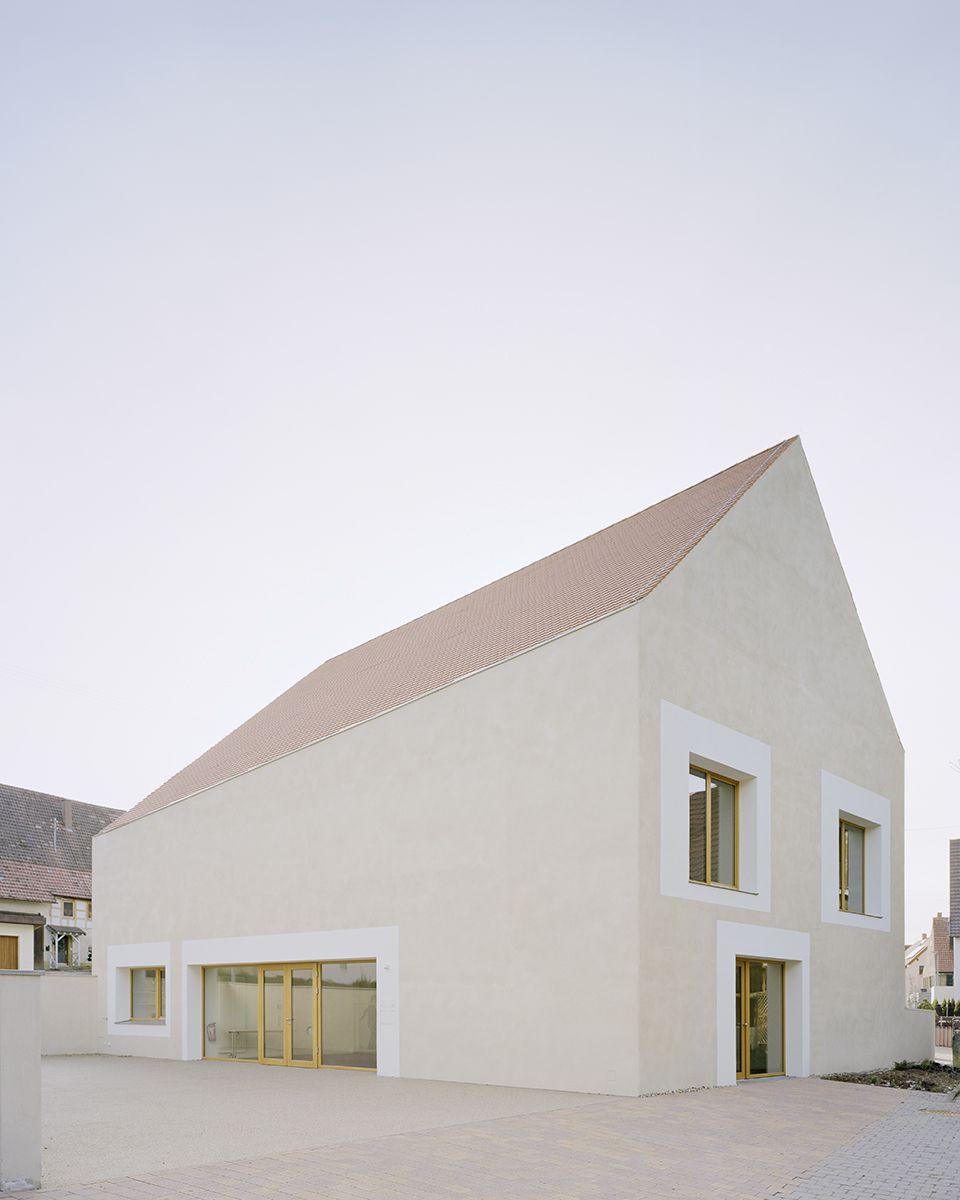 Der Bau des katholischen Gemeindehaus St. Laurentius in Hailfingen wurde mit mehreren Architekturpreisen ausgezeichnet. #arquitectonico