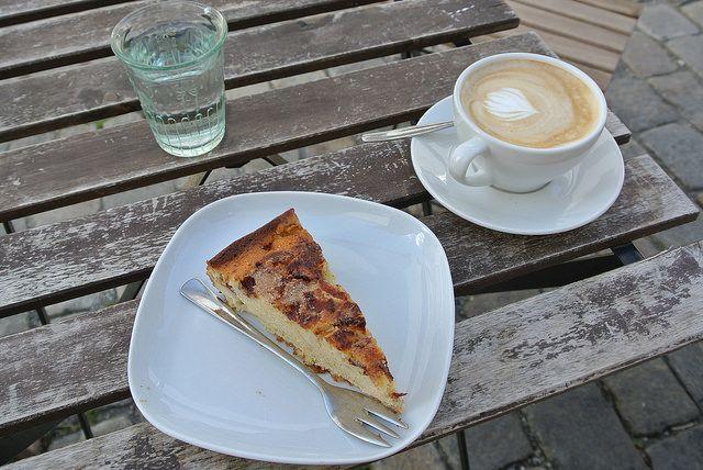 Apple cake and cappuccino at Det Lille Kaffekompaniet in Bergen, Norway