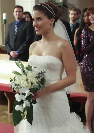 One Tree Hill\' Wedding: Brooke marries Julian and says goodbye to ...