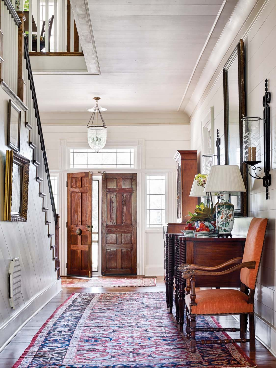 Light and Bright Foyer
